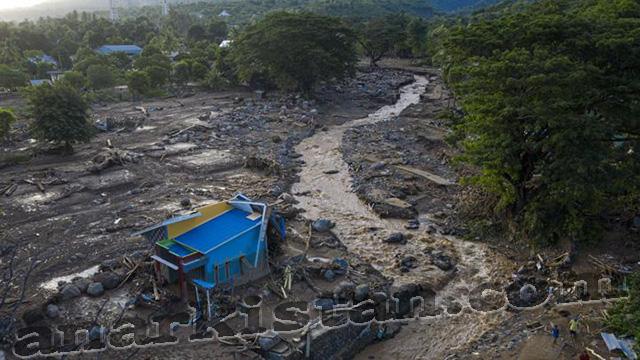 Bantuan Untuk Korban Banjir Bandang di NTT